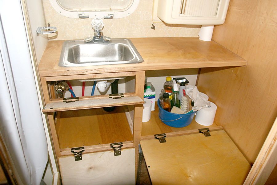 Click image for larger version</p><br /> <p>Name:	IMG_8684 sink open-s.jpg<br /><br /> Views:	79<br /><br /> Size:	141.0 KB<br /><br /> ID:	72220