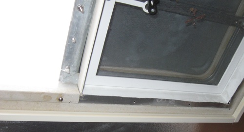 Click image for larger version  Name:Roofvent05sm.jpg Views:119 Size:36.8 KB ID:72236