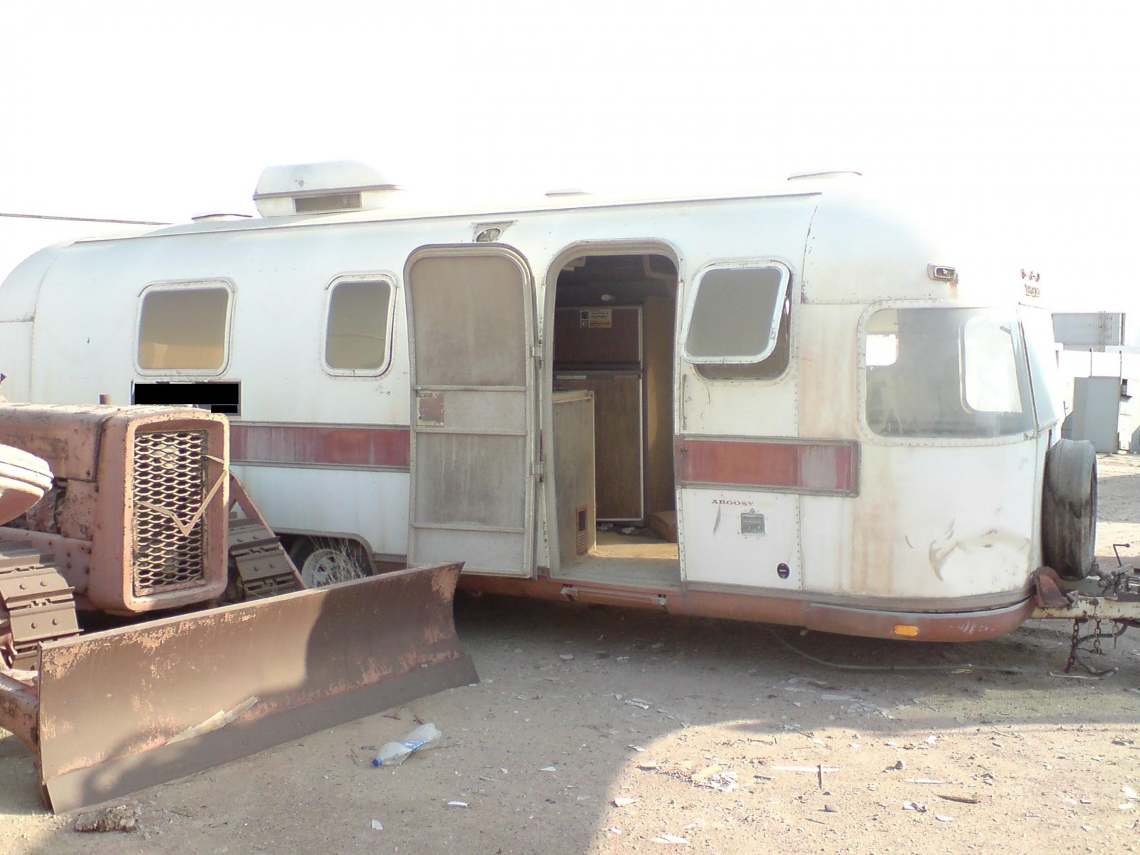 Click image for larger version  Name:Airstream Khaled.jpg Views:77 Size:240.2 KB ID:72436