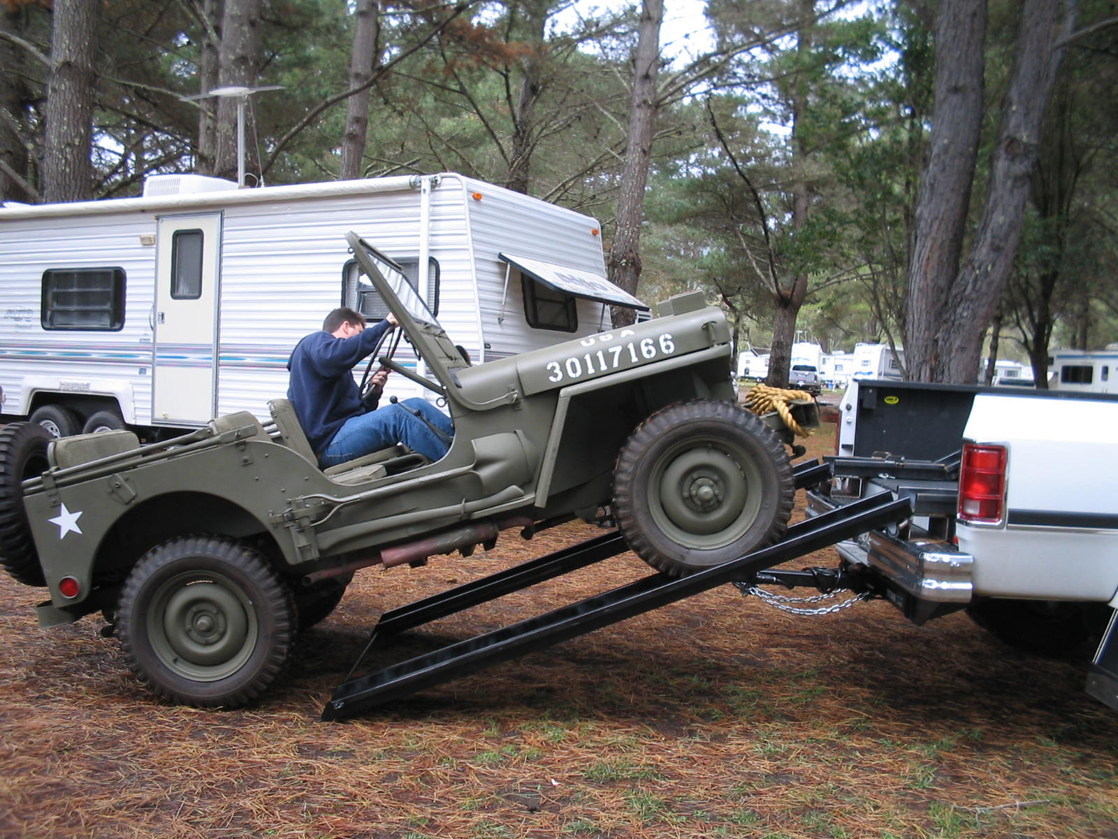 Click image for larger version  Name:jeep9.jpg Views:59 Size:356.5 KB ID:72685