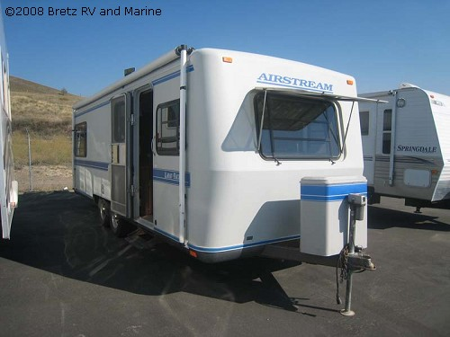 Click image for larger version  Name:01_21445_Airstream1992 26ft squarestream 1.jpg Views:275 Size:42.7 KB ID:73028
