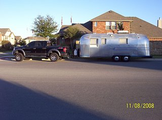 Click image for larger version  Name:Bella & Truck.JPG Views:127 Size:201.9 KB ID:73404