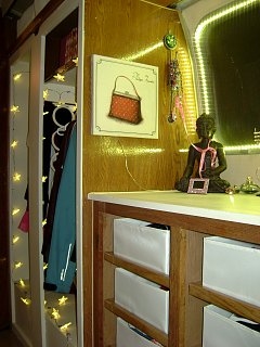 Click image for larger version  Name:dressing area after 2.jpg Views:76 Size:292.8 KB ID:73458