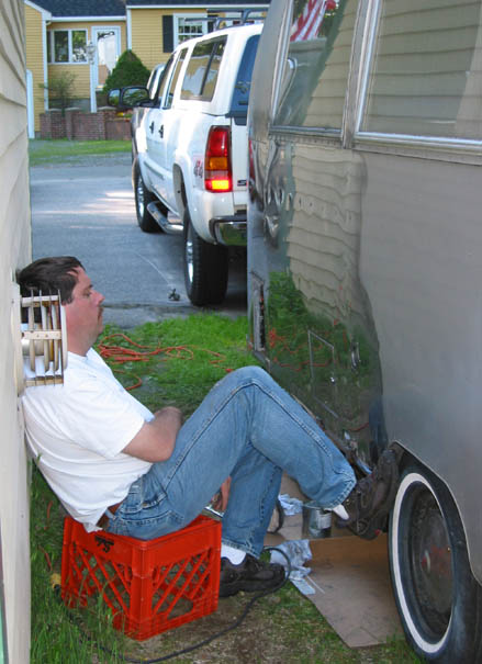 Click image for larger version  Name:Brian taking a break.jpg Views:258 Size:58.8 KB ID:7350