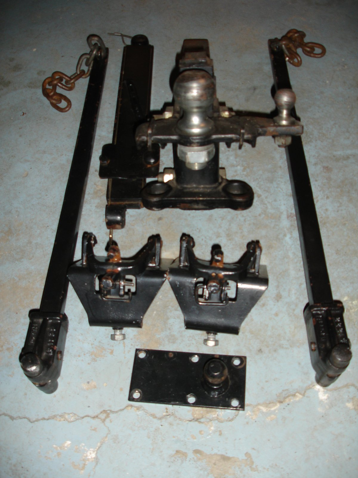 Click image for larger version  Name:63 Safari Hitch 001.jpg Views:70 Size:230.3 KB ID:73556