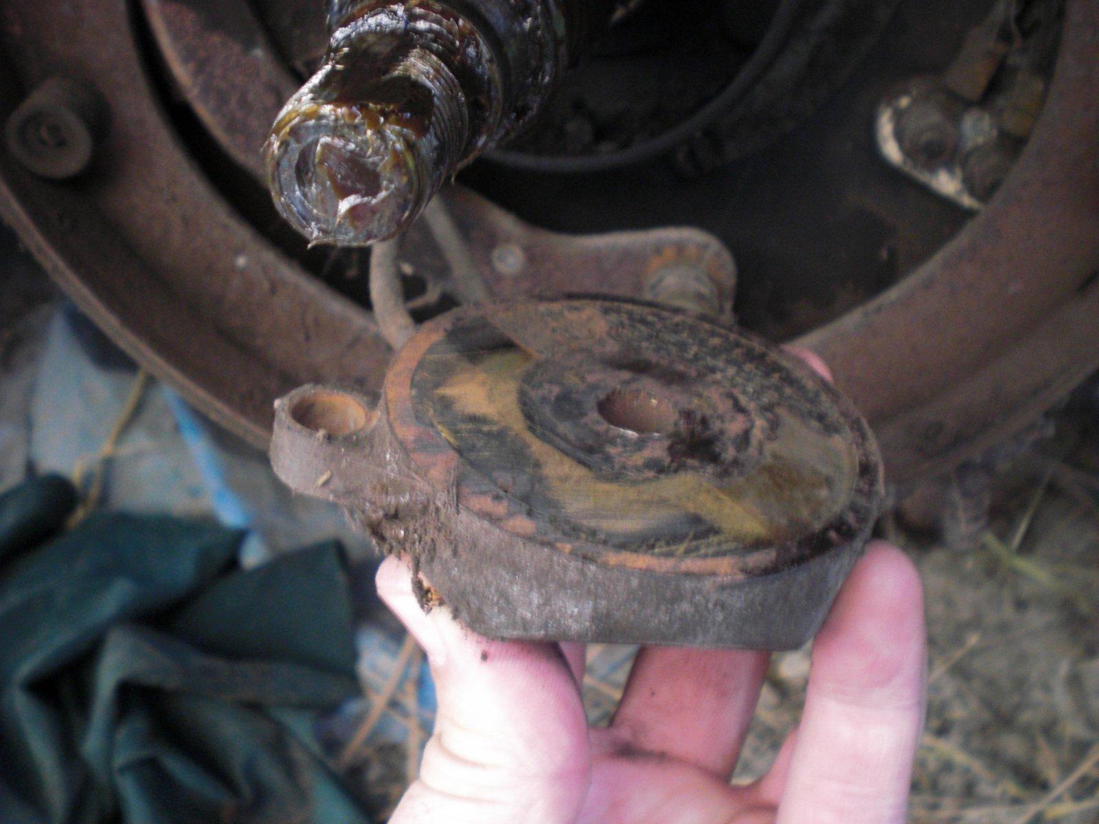 Click image for larger version  Name:brake parts1.jpg Views:80 Size:221.5 KB ID:73663