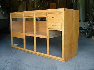 Click image for larger version  Name:Kitchen Cabinet.JPG Views:385 Size:24.3 KB ID:7429
