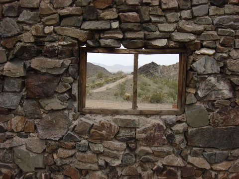 Click image for larger version  Name:cabin Window.jpg Views:118 Size:59.9 KB ID:74464