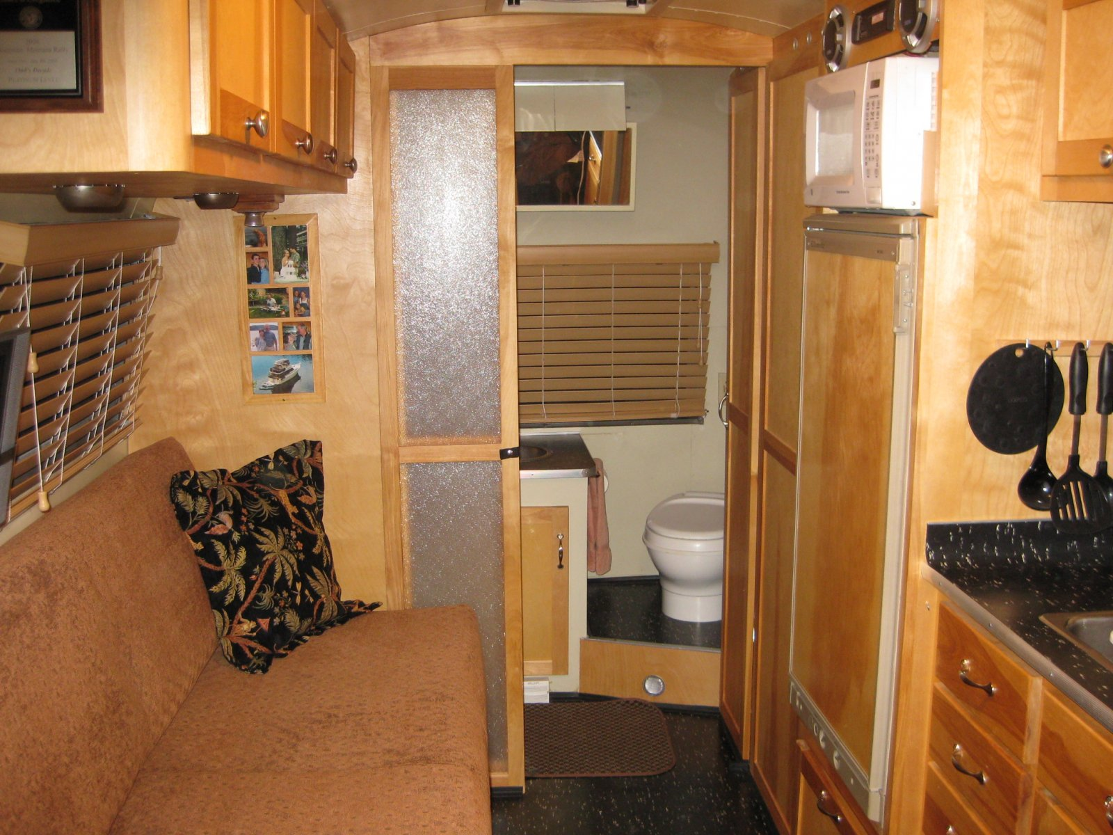 Click image for larger version  Name:airstream 003.jpg Views:1770 Size:325.9 KB ID:75035