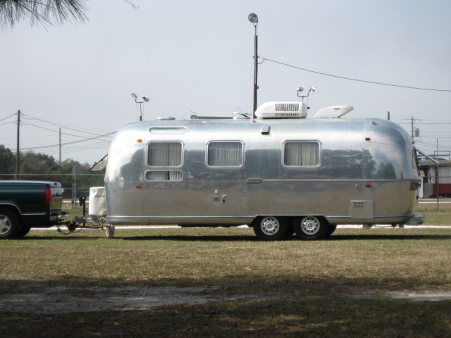 Click image for larger version  Name:2009 Airstream Rally 003.jpg Views:88 Size:89.9 KB ID:75580