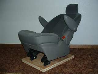 Click image for larger version  Name:Recliner 019.jpg Views:118 Size:293.0 KB ID:75853