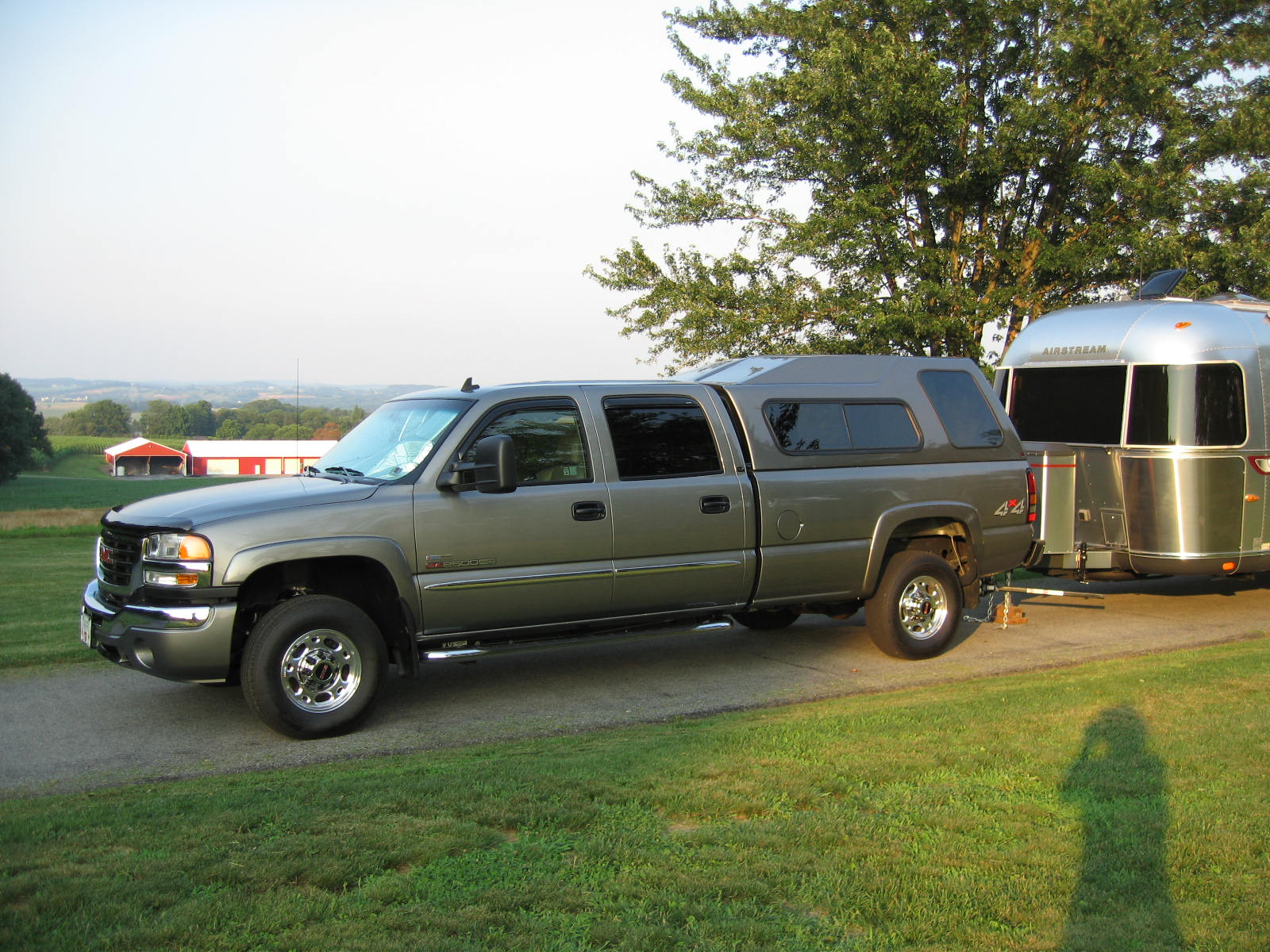 Click image for larger version  Name:Truck And Airstream 2.jpg Views:197 Size:365.2 KB ID:75995