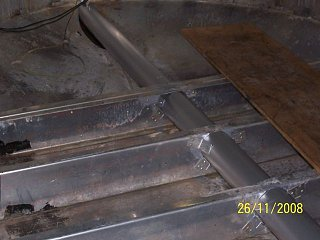 Click image for larger version  Name:pipe frame inside.jpg Views:95 Size:43.2 KB ID:76112