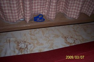 Click image for larger version  Name:bed shelf.jpg Views:100 Size:131.8 KB ID:76558