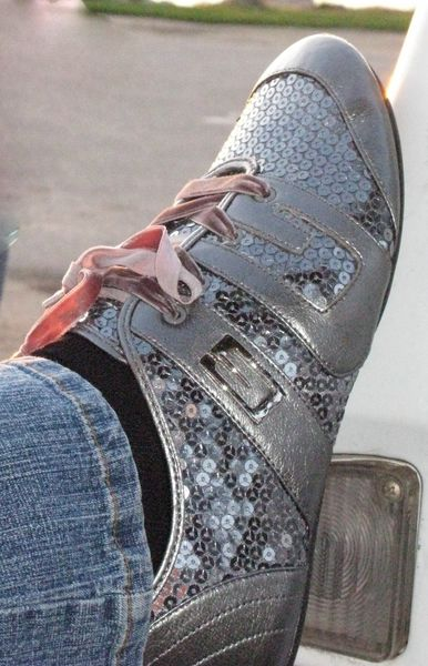 Click image for larger version  Name:sparkle and shine - karins shoes [800x600].jpg Views:70 Size:68.6 KB ID:76603