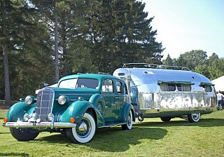 Click image for larger version  Name:BOWLUS, THE ORIGINAL AIRSTREAM TRAILER 1934.jpg Views:112 Size:250.3 KB ID:76622