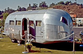 Click image for larger version  Name:Airstream Notables 2.jpg Views:111 Size:239.0 KB ID:77239