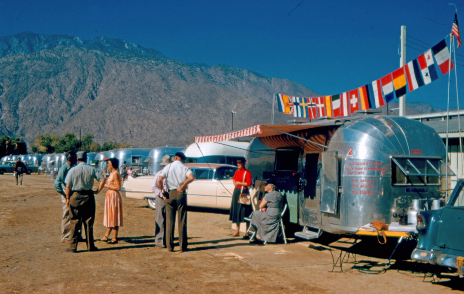 Click image for larger version  Name:Airstream Notables 3.jpg Views:93 Size:247.6 KB ID:77249