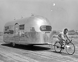 Click image for larger version  Name:Airstream Notables 3 (1).jpg Views:114 Size:324.8 KB ID:77250