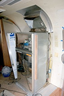 Click image for larger version  Name:IMG_8925 silver fridge and vent-s.jpg Views:377 Size:98.5 KB ID:77321