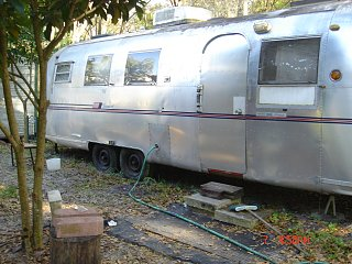 Click image for larger version  Name:1968 AIRSTREAM 036.jpg Views:100 Size:333.9 KB ID:77514