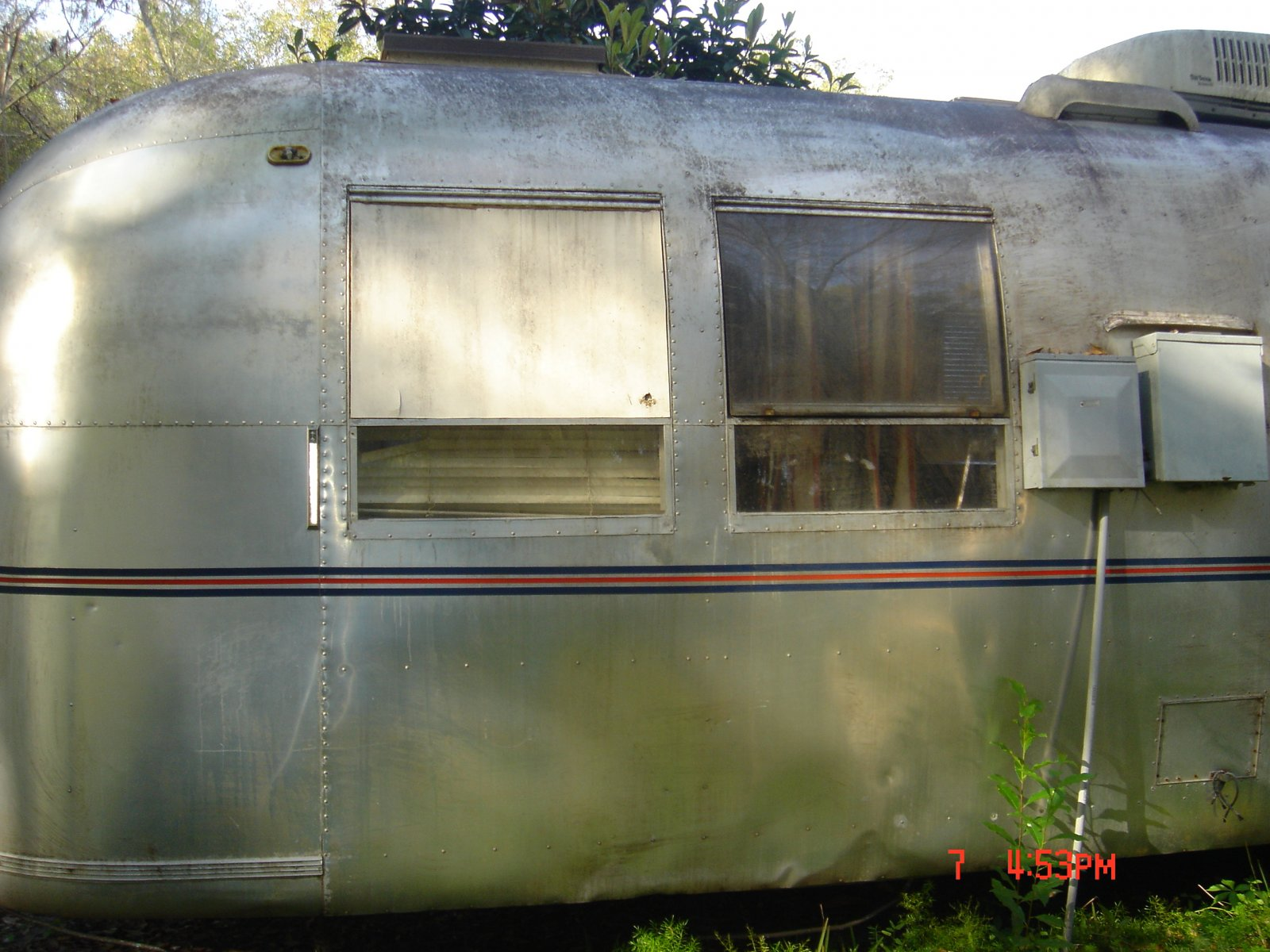Click image for larger version  Name:1968 AIRSTREAM 039.jpg Views:71 Size:269.4 KB ID:77518