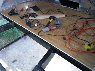 Click image for larger version  Name:first peice of floor.jpg Views:86 Size:319.2 KB ID:77568