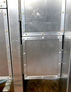 Click image for larger version  Name:IMG_8952 exposed hinge-s.jpg Views:423 Size:68.2 KB ID:77586