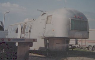 Click image for larger version  Name:-5thwheel airstream home made.jpg Views:93 Size:20.8 KB ID:77711