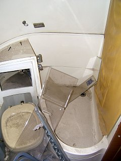 Click image for larger version  Name:airstreambathroom.jpg Views:89 Size:273.9 KB ID:77769