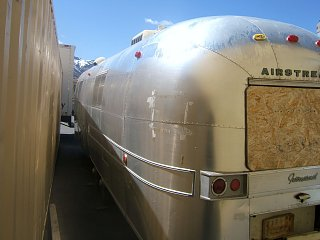 Click image for larger version  Name:airstream rear left.jpg Views:97 Size:163.2 KB ID:77808