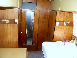 Click image for larger version  Name:airstreambedroomtwins.jpg Views:112 Size:221.6 KB ID:77970