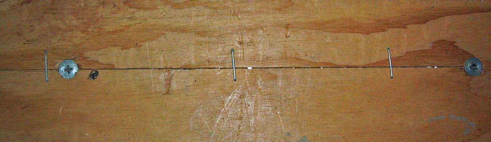 Click image for larger version  Name:96 airstream plywood floor seam.jpg Views:127 Size:109.4 KB ID:78414