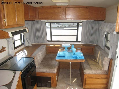 Click image for larger version  Name:13_21445_Airstream 1992 26ft squarestrem  10.jpg Views:243 Size:57.1 KB ID:78777