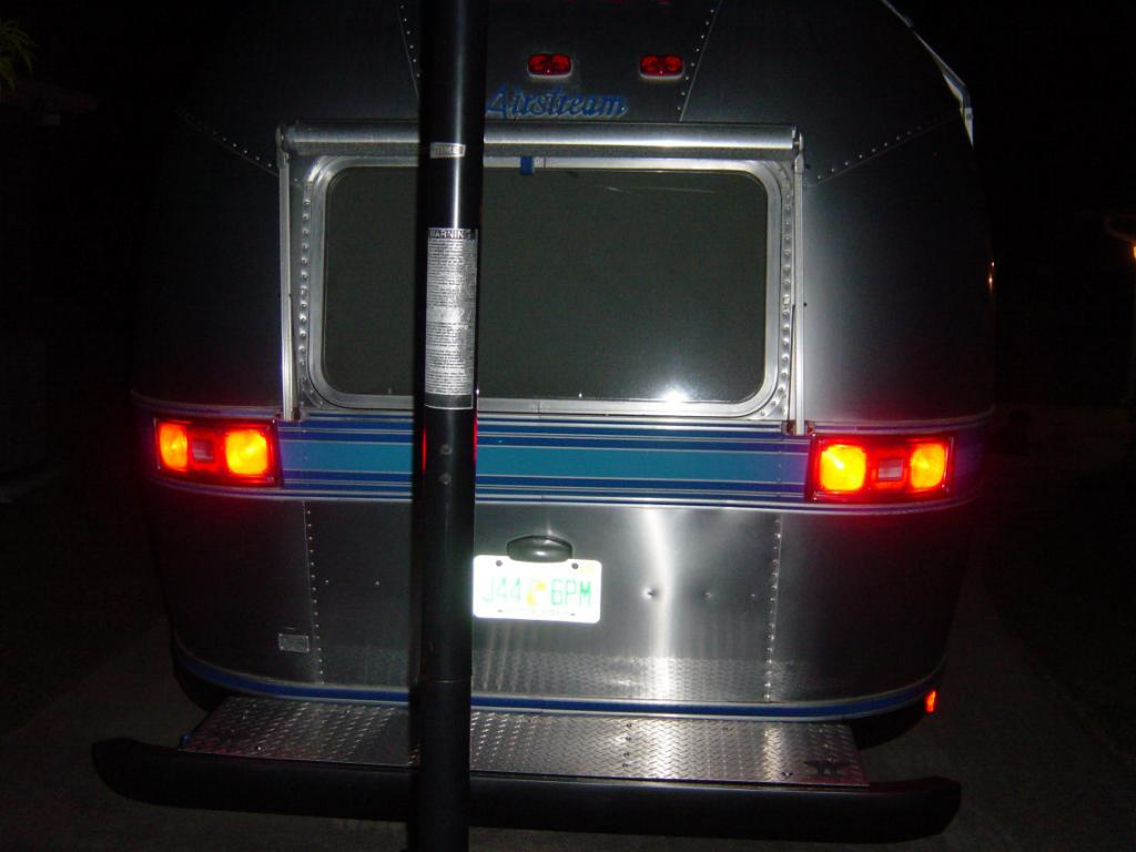 Click image for larger version  Name:new_taillights.jpg Views:138 Size:64.9 KB ID:78866