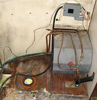 Click image for larger version  Name:old water heater and breakers.JPG Views:117 Size:312.4 KB ID:78989