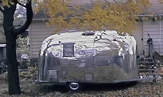 Click image for larger version  Name:camper.jpg Views:1297 Size:59.1 KB ID:790