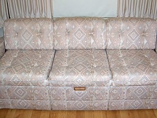 Click image for larger version  Name:Sofa.jpg Views:110 Size:40.5 KB ID:79176