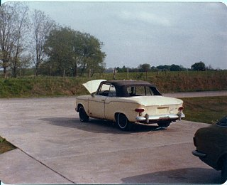 Click image for larger version  Name:1960_Studebaker_Lark_VIII_Convertible_02.jpg Views:65 Size:366.4 KB ID:80468