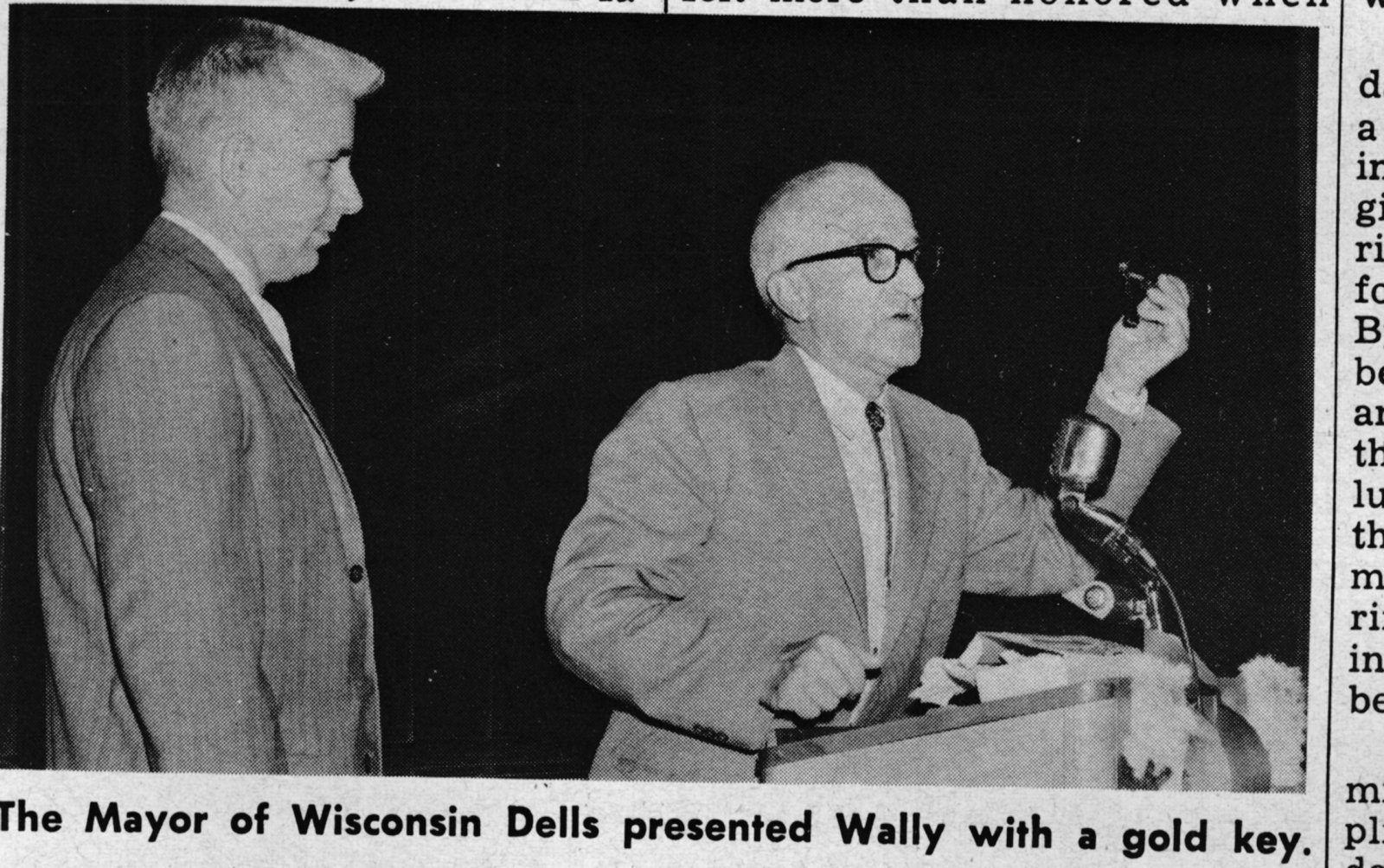 Click image for larger version  Name:scan0029 1959 Wally at Wisconsin Dells.jpg Views:66 Size:345.9 KB ID:80536