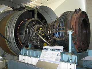 Click image for larger version  Name:B under  Boeing 021.jpg Views:193 Size:303.8 KB ID:80766