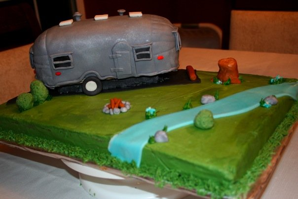 Click image for larger version  Name:cake 2.jpg Views:98 Size:38.6 KB ID:80865