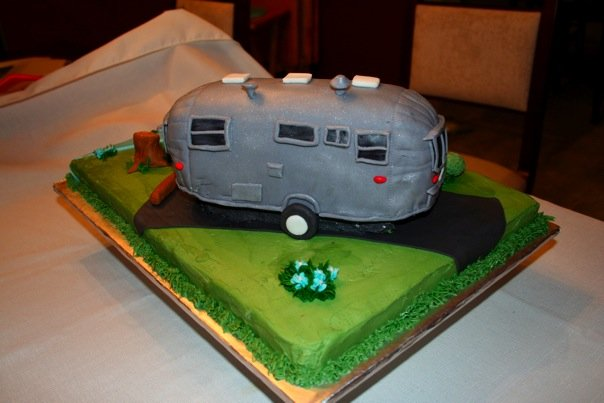 Click image for larger version  Name:cake 3.jpg Views:97 Size:39.4 KB ID:80866