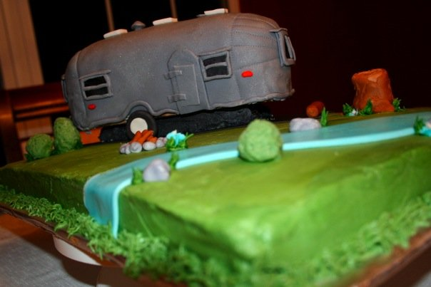 Click image for larger version  Name:cake 5.jpg Views:106 Size:35.6 KB ID:80868