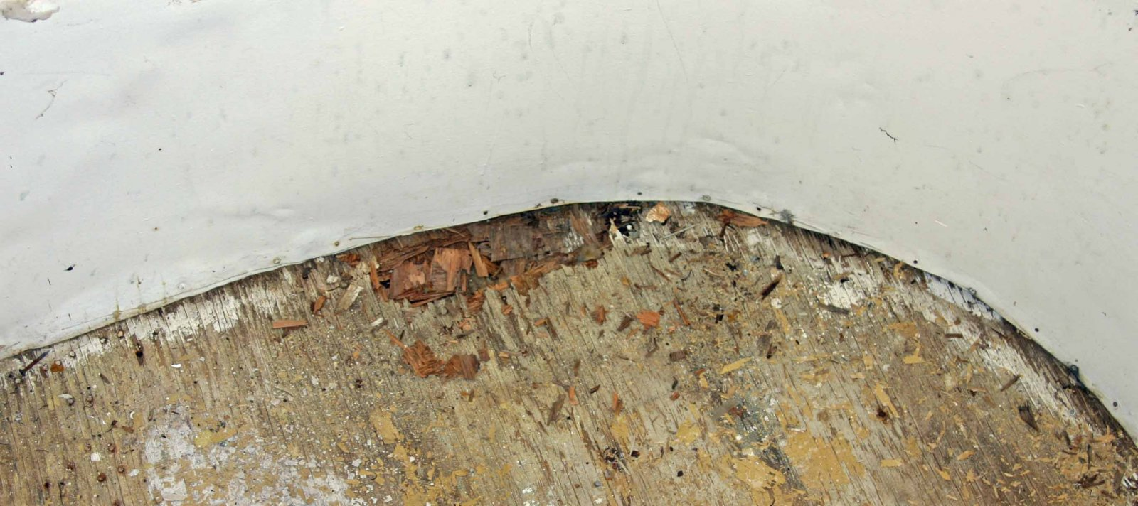 Click image for larger version  Name:Street side rotted hole.jpg Views:50 Size:204.9 KB ID:80966