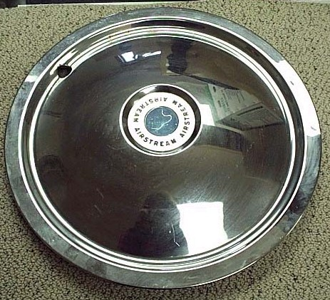 Click image for larger version  Name:hubcap.jpg Views:134 Size:83.6 KB ID:8133