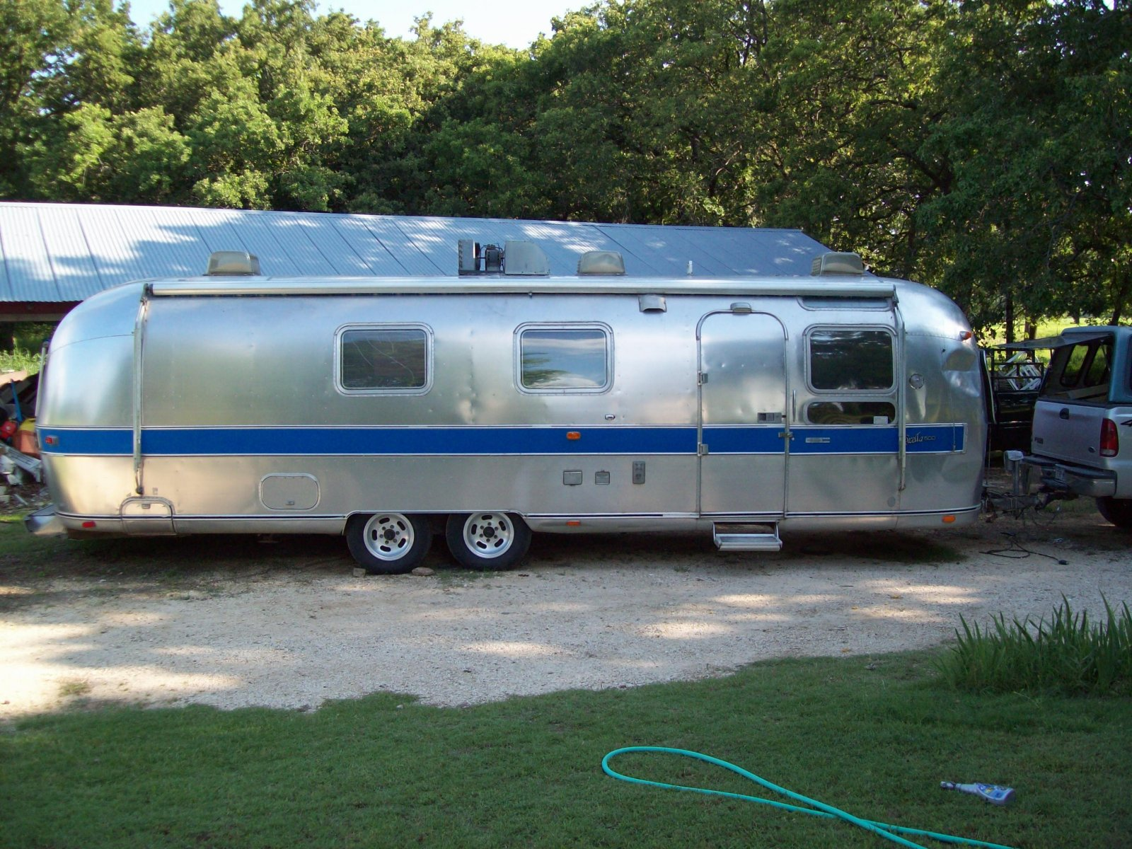 Click image for larger version  Name:airstream 007.jpg Views:84 Size:420.4 KB ID:82160
