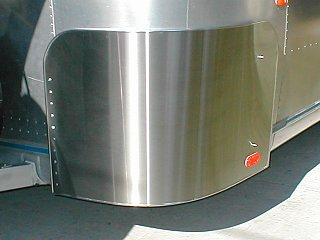 Click image for larger version  Name:airstream rock guards 003.jpg Views:1033 Size:82.0 KB ID:822