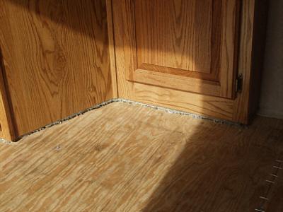 Click image for larger version  Name:Carpet edge cut 2.jpg Views:279 Size:82.6 KB ID:8292