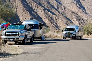 Click image for larger version  Name:DSC_0084 F-250 and F-350 trucks.jpg Views:98 Size:654.9 KB ID:83050
